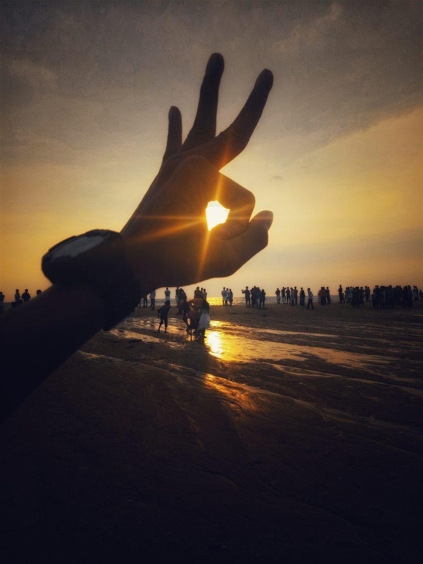 backlit-beach-dawn-1052150